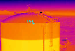 Thermogram shows relative height of liquid contained in a large outdoor storage vessel. Image courtesy of www.imaging1.com